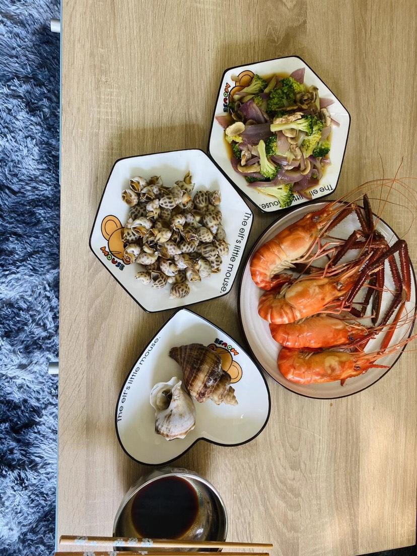 有想吃海鲜的吗?清清淡淡的味道